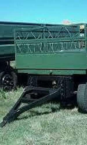 Carreta agrícola basculante 6 toneladas