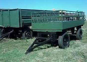 Carreta agrícola basculante 4 toneladas