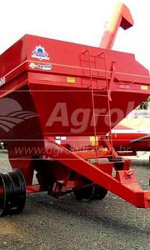 Carreta graneleira agrícola